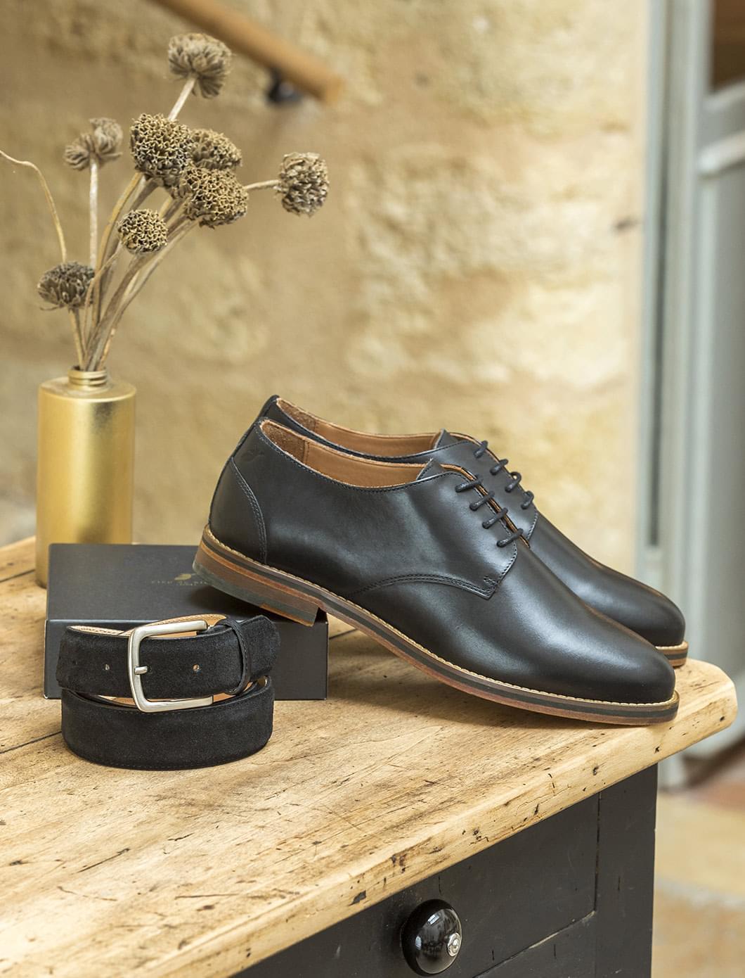 Coffret - Derbies noir ou bourgogne et ceinture classique velours noire