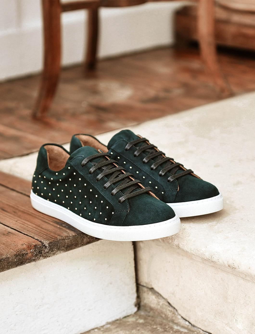 Sneakers - Vert sapin et rivets dorés